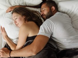 oreiller-dormir-en-cuillère